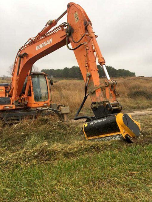 Floating CAB-FA head for excavators